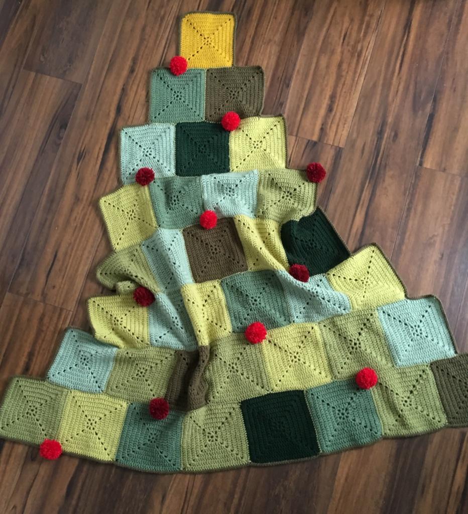Christmas Tree Blanket