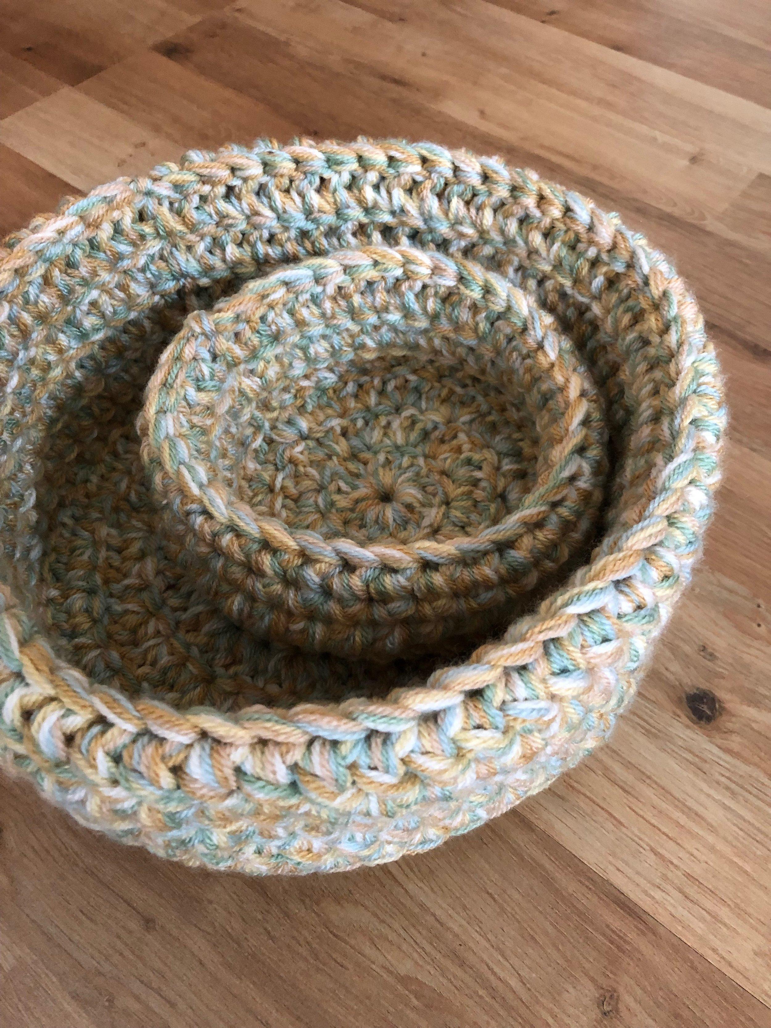 Crochet chunky baskets