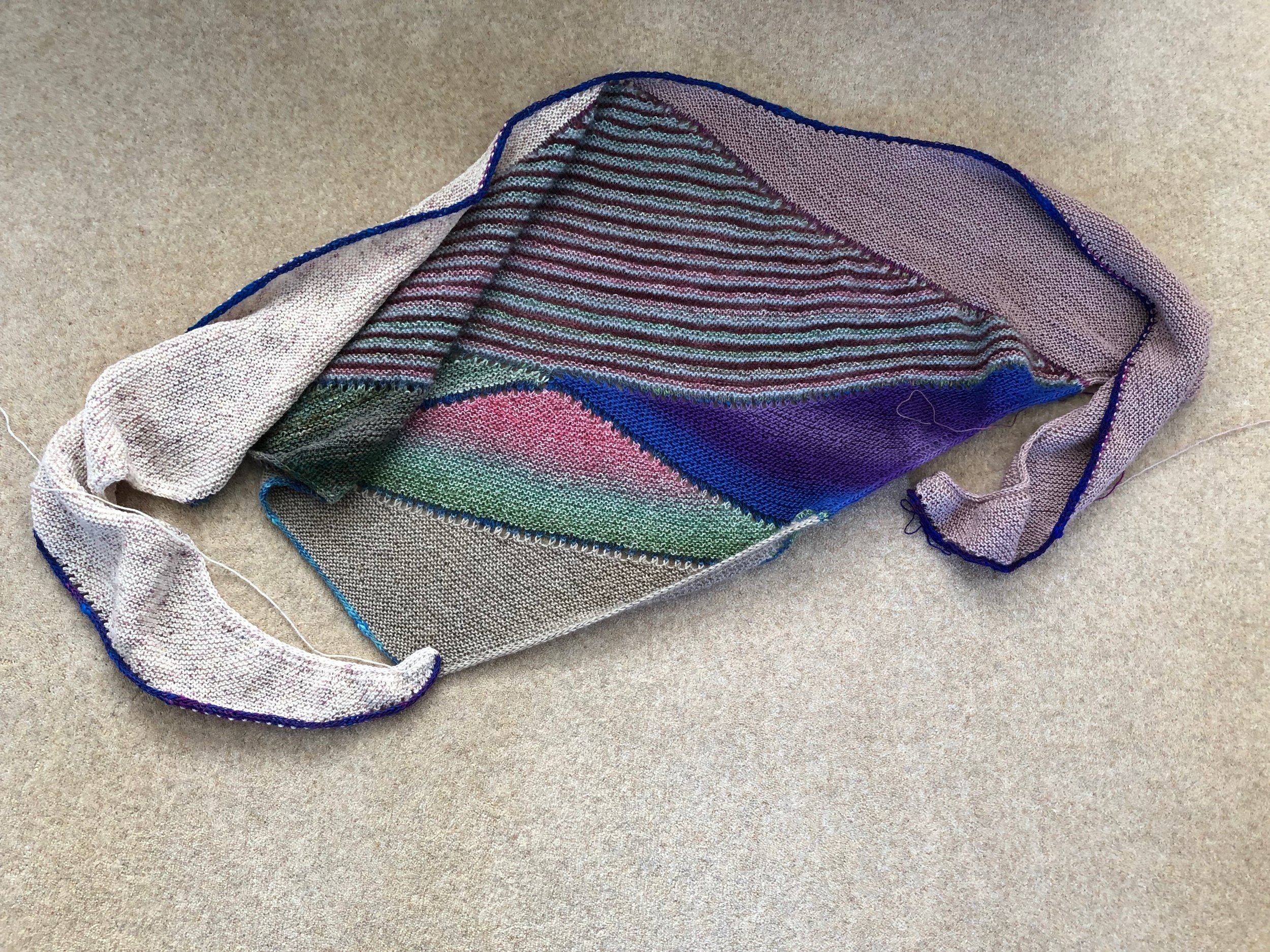 Spring Cleaning Shawl by Stephen West https://www.ravelry.com/patterns/library/spring-cleaning-shawl-2