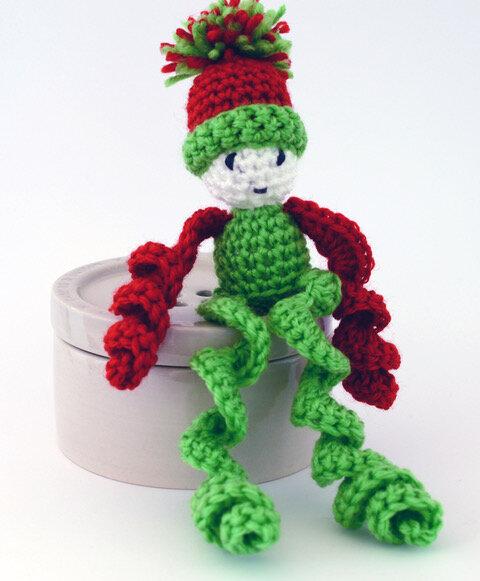 Ernie the elf - Crochet elf pattern