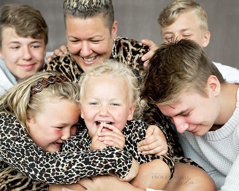 stämplade Familjebilder hos Fröken Foto Malin Richardsson fotograf Skene Kinna  (14).jpg