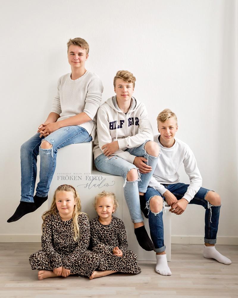 stämplade Familjebilder hos Fröken Foto Malin Richardsson fotograf Skene Kinna  (20).jpg