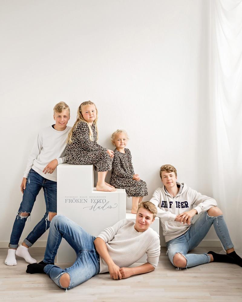 stämplade Familjebilder hos Fröken Foto Malin Richardsson fotograf Skene Kinna  (19).jpg