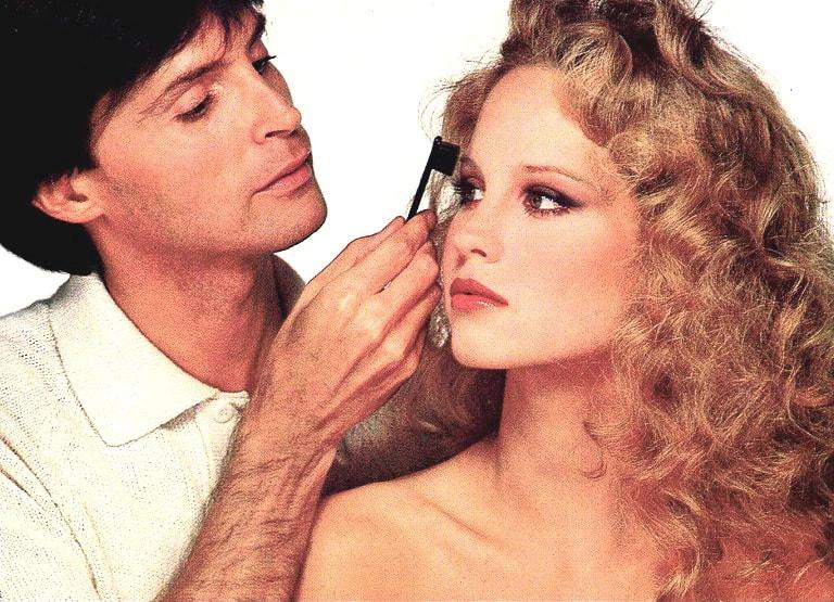 Way Bandy doing makeup on Rosie Vela
