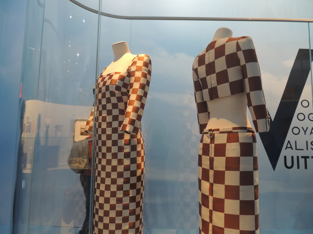 louis-vuitton-by-marc-jacobs-brown-and-white-checkerboard-cropped-jacket-with-a-matching-long-skirt-spring-summer-2013_orig.jpg