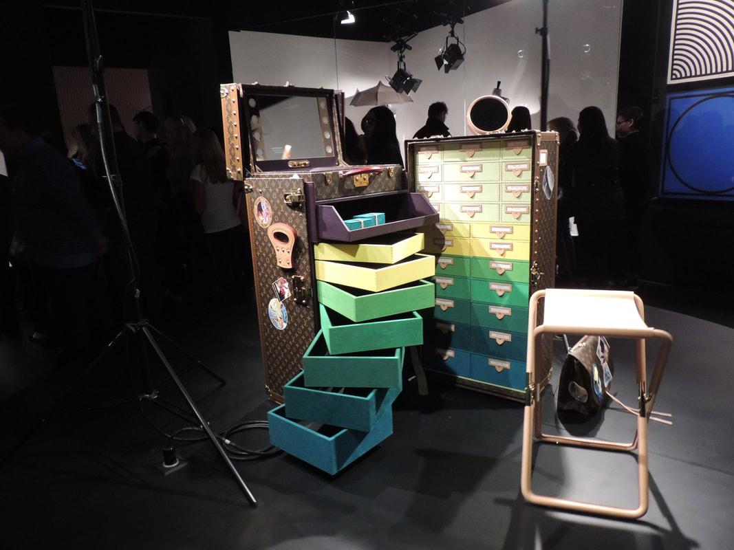 louis-vuitton-by-cindy-sherman-studio-in-a-trunk-case_orig.jpg