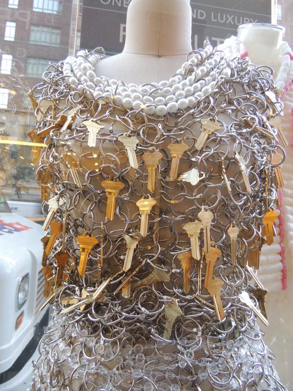 keychain-dress-2_orig.jpg