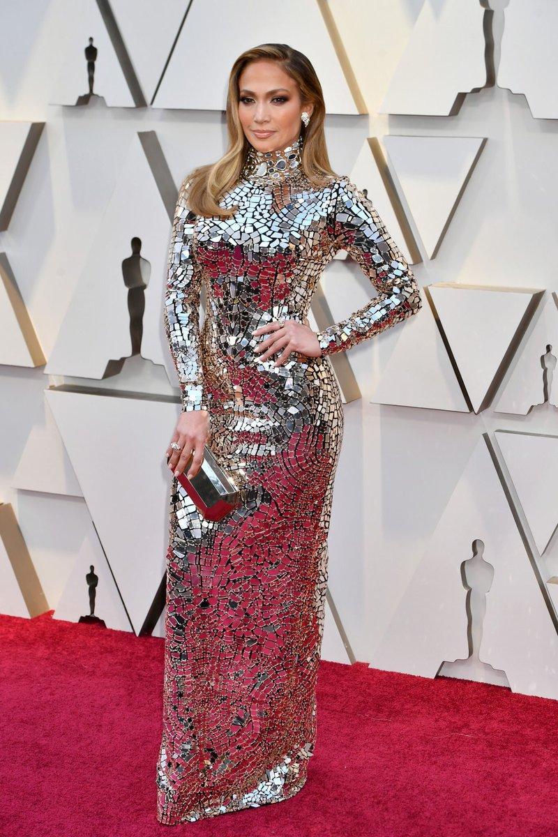 Jennifer-Lopez-01.jpg