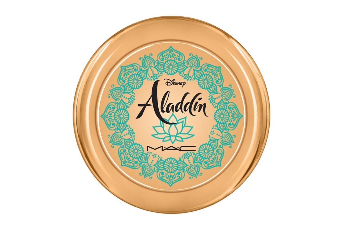 https___bae.hypebeast.com_files_2019_03_aladdin-disney-mac-cosmetics-makeup-collaboration-lipstick-eyeshadow-palette-bronzer-6.jpg
