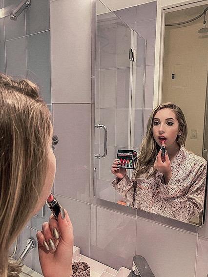 MOODmatcher 10-Lipstick Gift Set.JPG