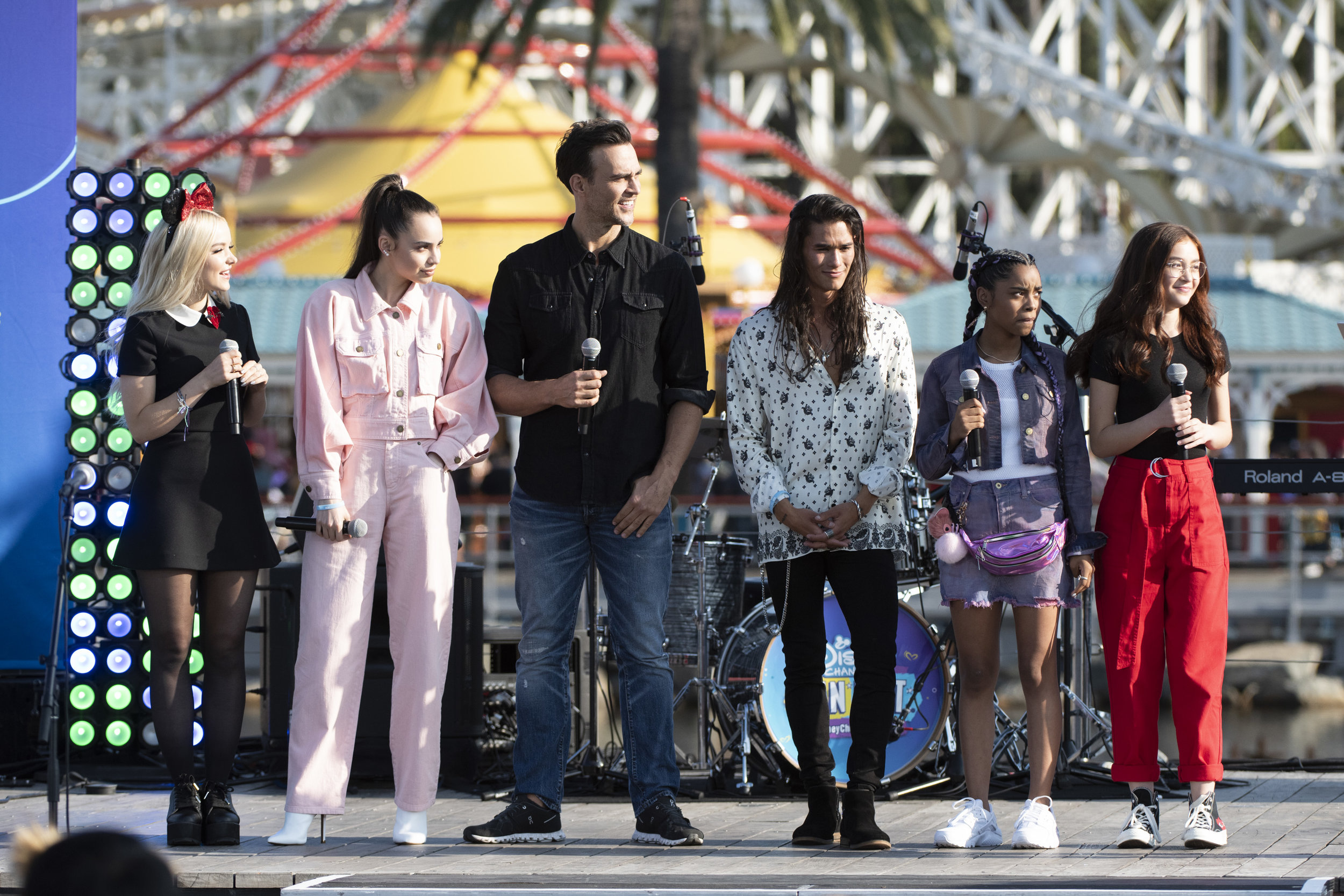 From left: Dove Cameron, Sofia Carson, Cheyenne Jackson, Booboo Stewart, Marie, and Anna Cathcart at Disney Channel Fan Fest