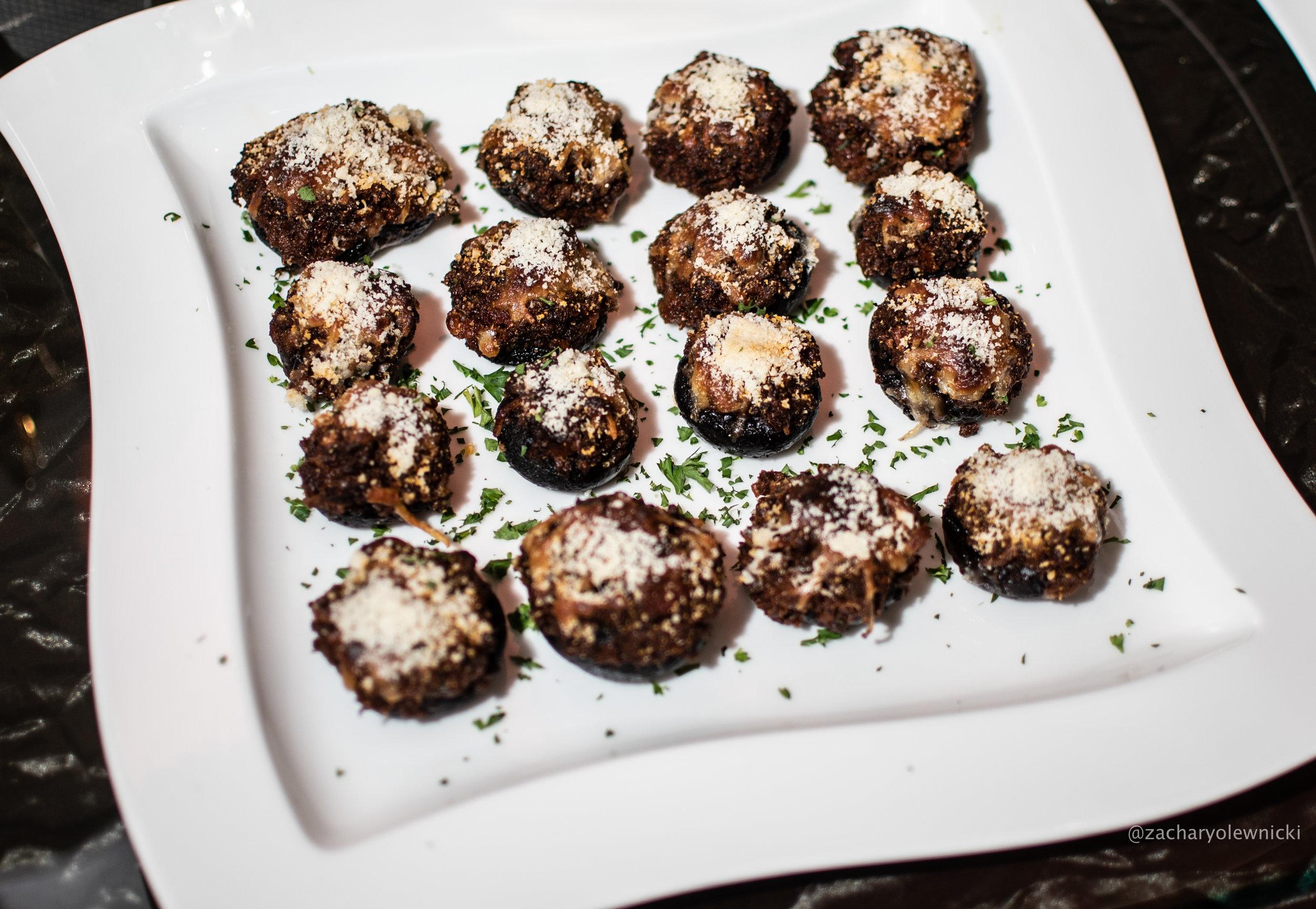 Bolognese-Stuffed Mushrooms