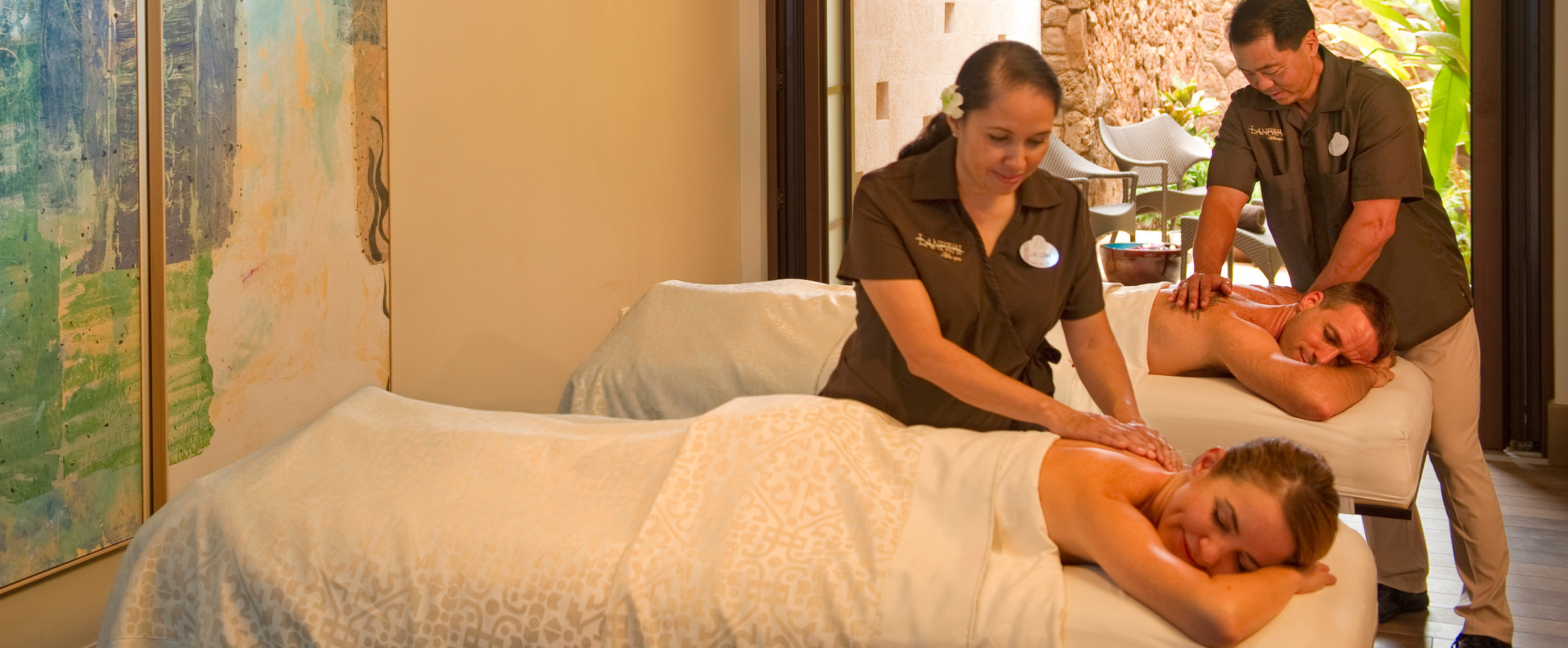 aulani-laniwai-spa-therapies-massage-therapy-couples-massage-g.jpg