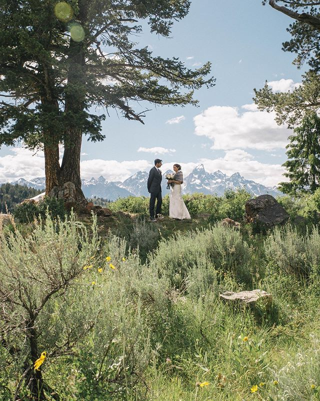 I can't believe it's been almost a year since this beautiful day in Wyoming! . . . . . . . #photobugcommunity #chasinglight #destinationwedding #adventuresession #indiewedding #elopementphotographer #helloelopement #adventerouswedding #mountainwedding #indiebride #weddinginspiration #weddingseason #realwedding #rusticwedding #loveintentionally #makeadventure #visualcoop #loveauthentic #makemoments #elopementcollective #vscowedding #vscomood  #wanderlust #shotwithlove #junebugweddings #greenweddingshoes #theknot #huffpostweddings #huffpostido #loverly