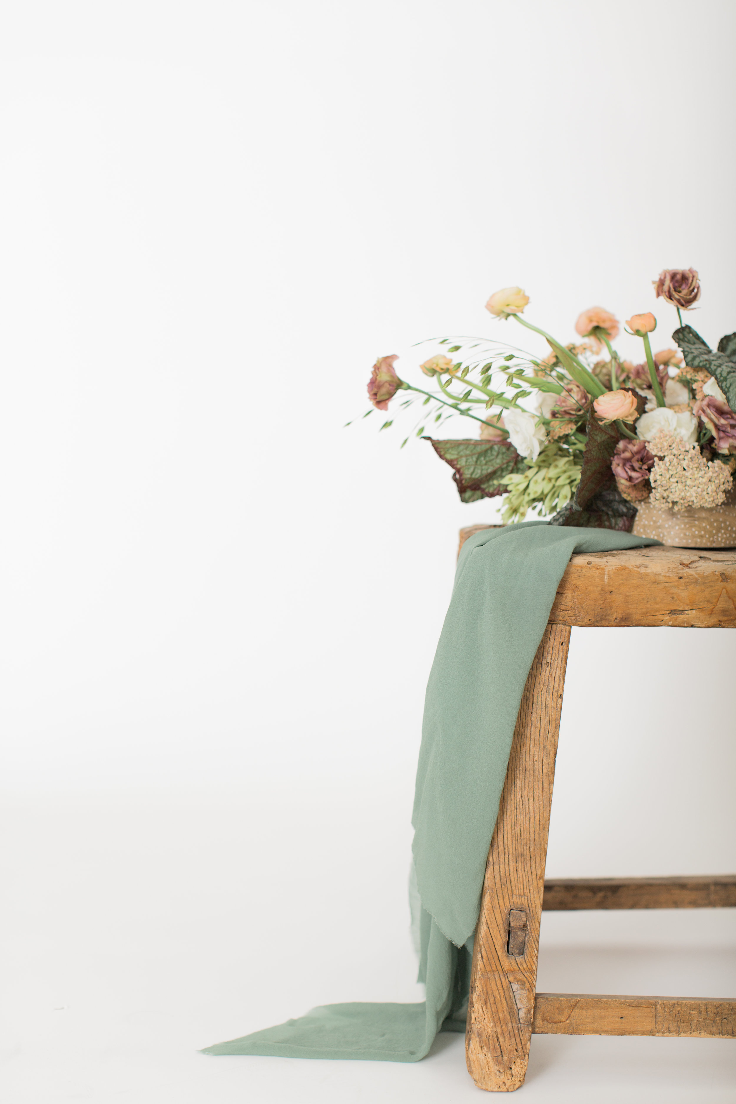 wedding flowers rustic chic