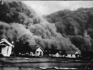 A giant dust storm approaches the town of Goodwell, OK during the Dust Bowl years–Credit to Chris Johns/National Geographic/Getty Images