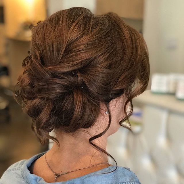 Some days we get to feel like The Fairy Godmother.... @jennareich_hair #verdesalon #verdesalonaz #updo #promhair