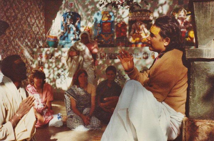 Haidkhan babaji, puja, aarti, Bhakti yoga