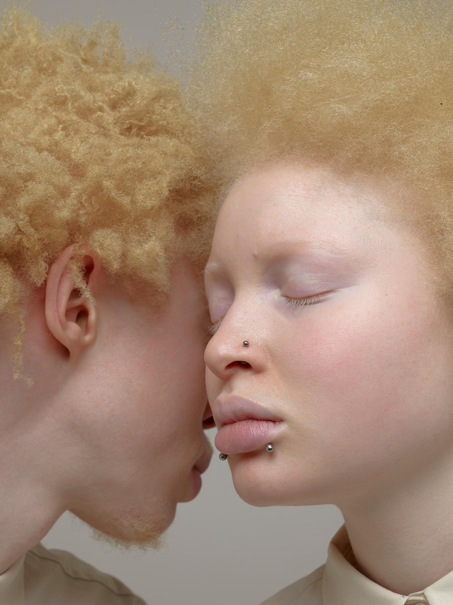 @ Andrea Zvadova. Pigment.