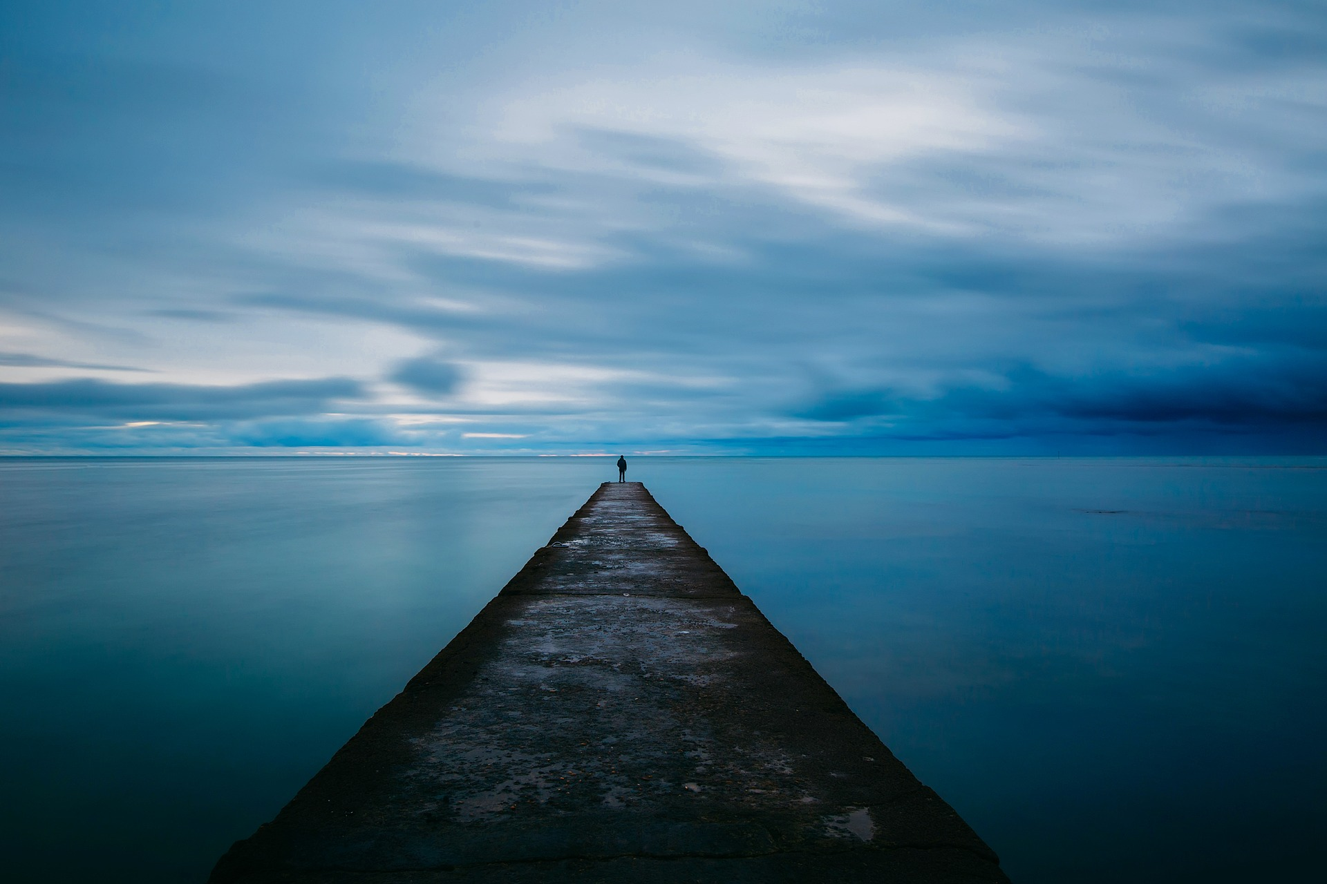 dock-1979547_1920.jpg