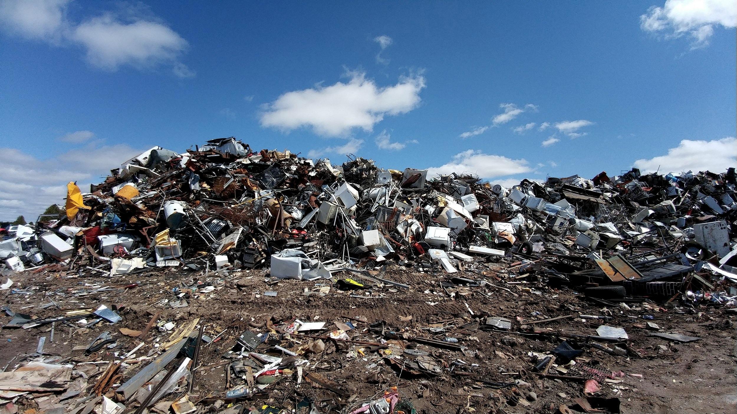 scrapyard-2441432.jpg