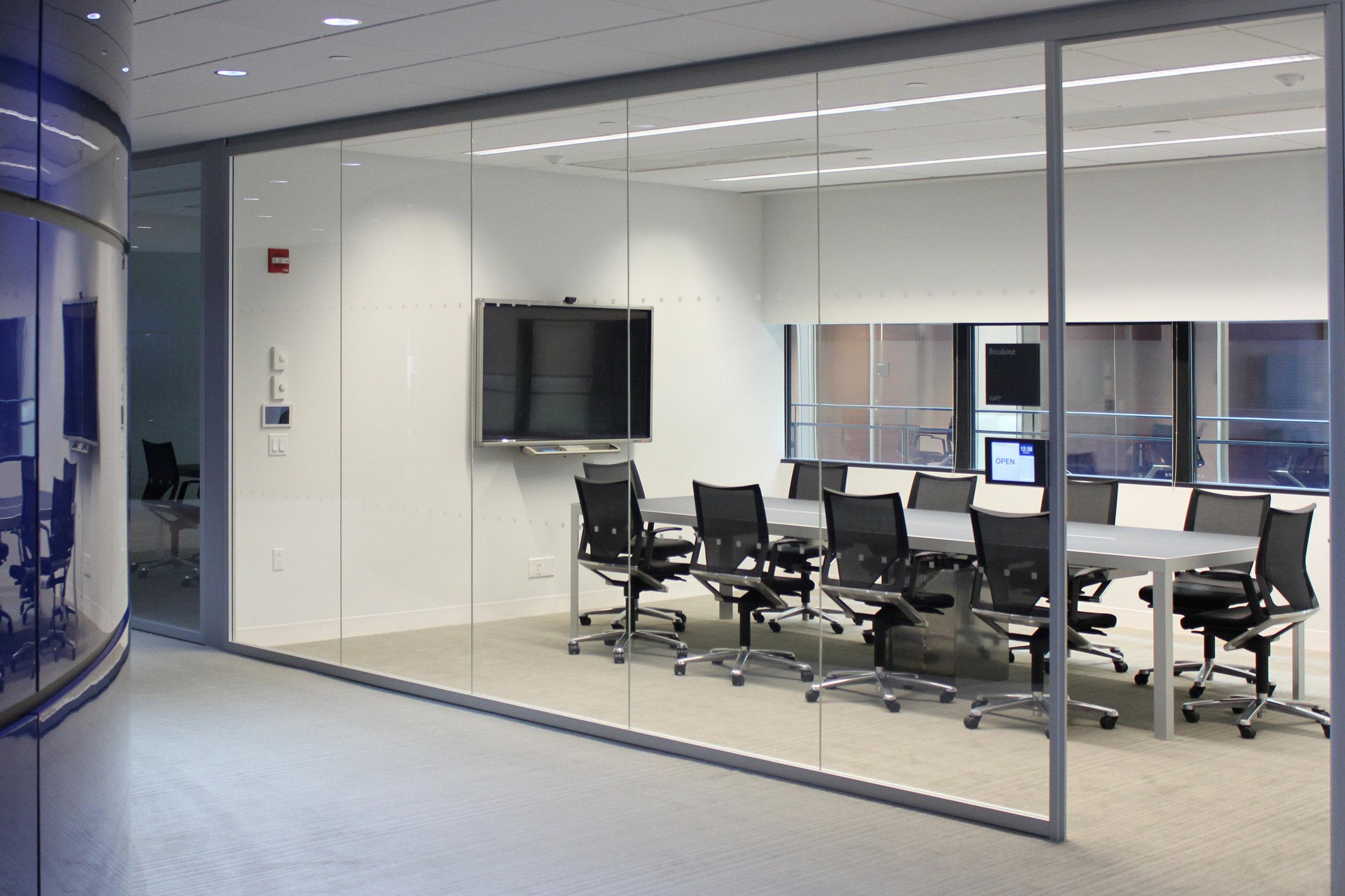 Wilkhahn-Yale-Meeting-Room1-Modus.jpg