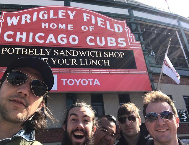 @uncommongrd in Chicago with @verlunamusic tonight!  #everybodyin #instalive #instamusic #instalove #chicago #folk #indie #americana #saxophone #banjo #tourlife #gocubsgo #livemusic #chicagomusic #chicagomusicscene