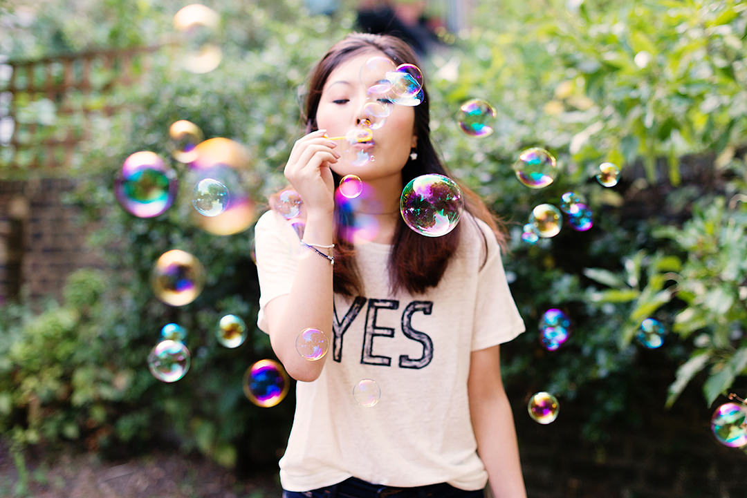personal-branding-photographer-liz-riley-amsterdam-london-yannan-li-bubbles.jpg