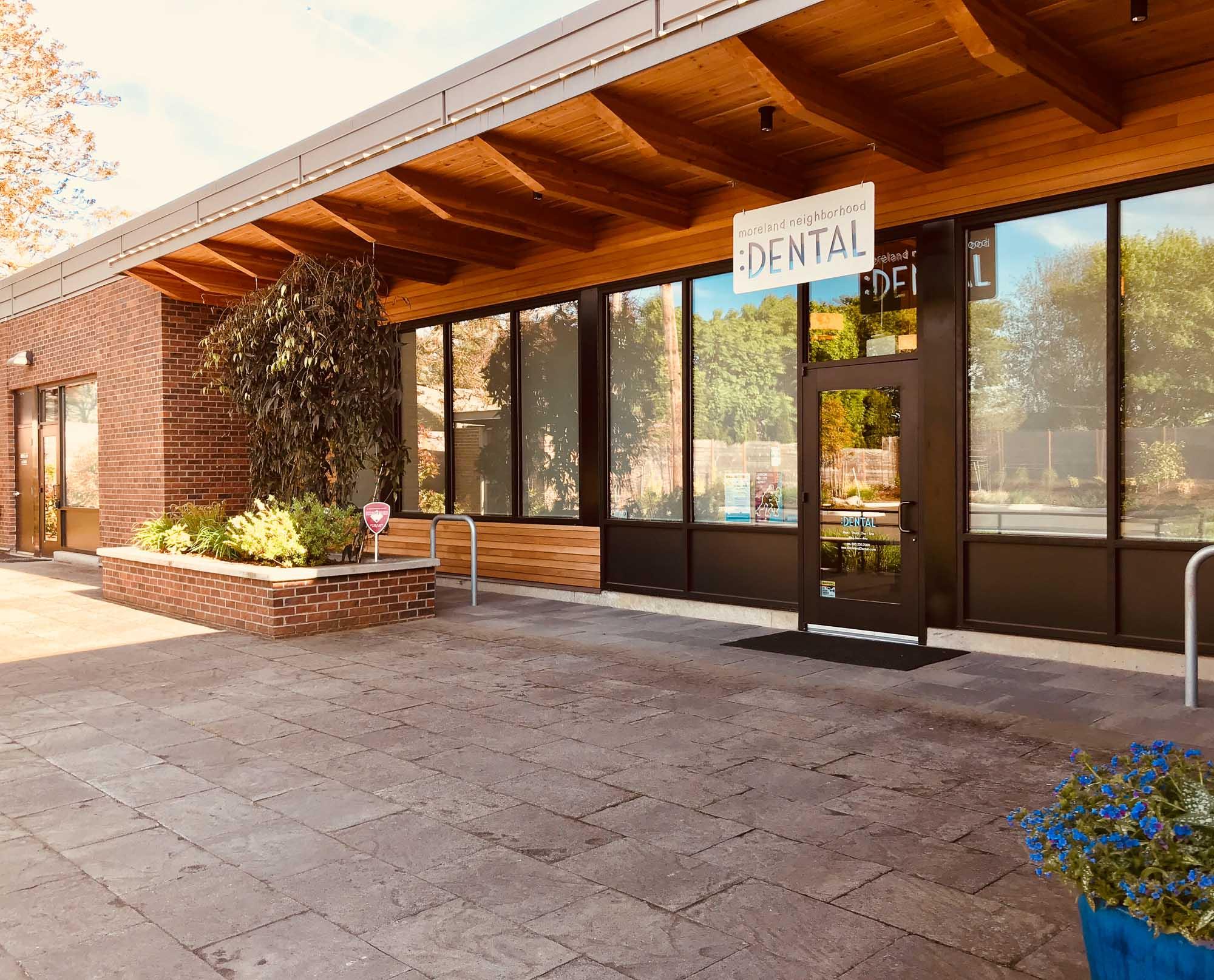 visit-sellwood-moreland-business-alliance_moreland-neighborhood-dental-2.jpg
