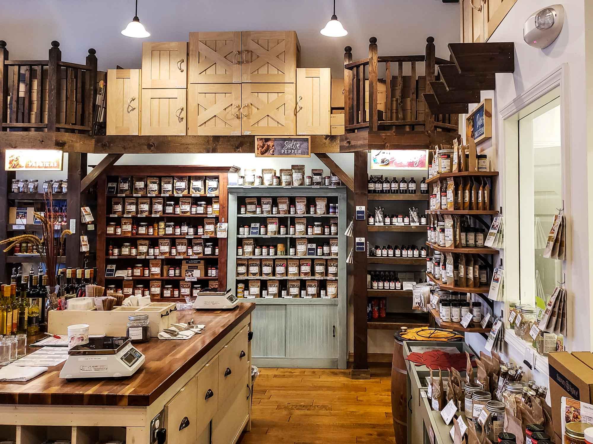 visit-sellwood-moreland-business-alliance_savory-spice-shop-sellwood-4.jpg