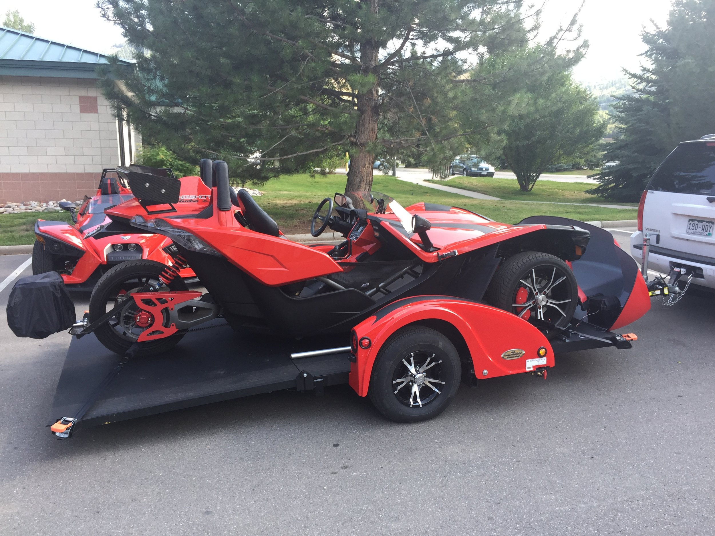 Best-Double-Wide-Dual-Motorcycle-Slingshot-Trailer-OHT4-01