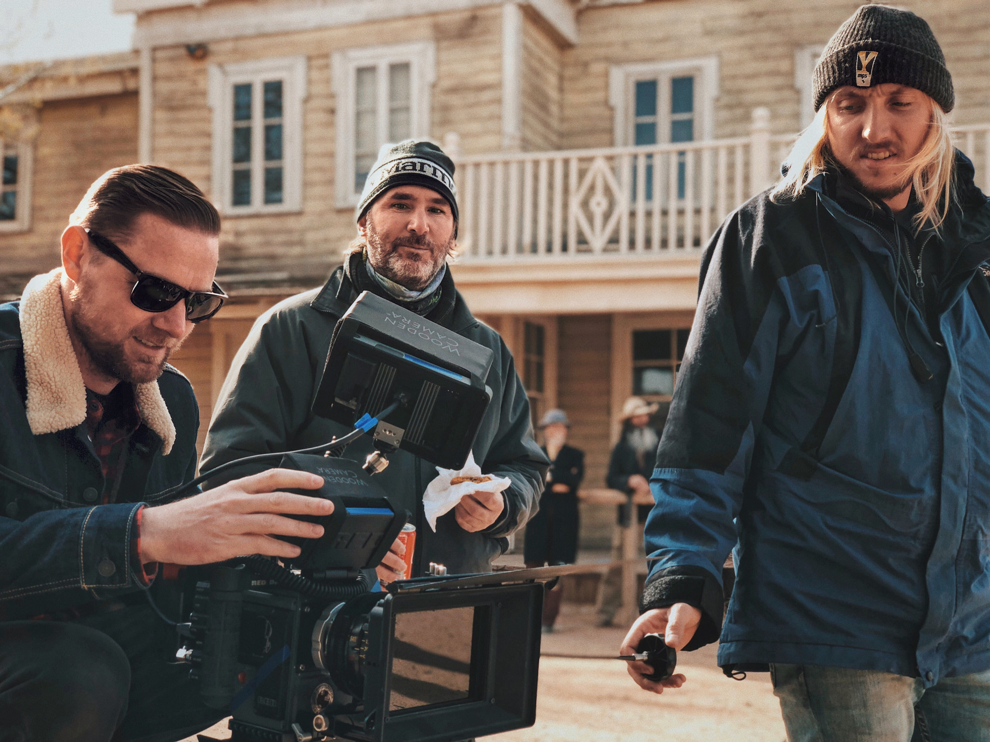 factors To Consider When Looking To Hire A Camera Crew Film Crew Chicago Illinois