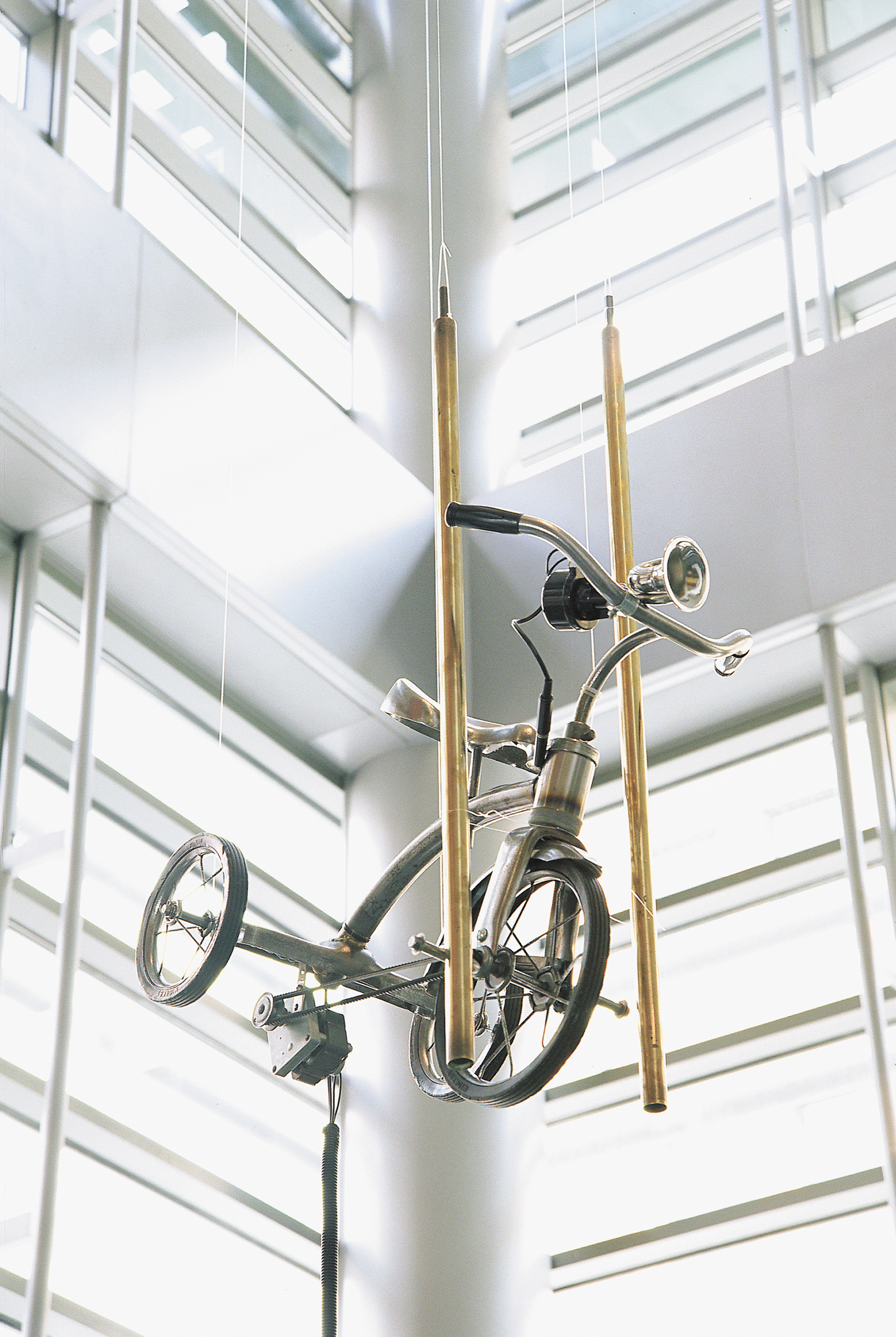 NuToneTricycle   tricycle, motor, doorbell gongs, electronics, bicycle bulb as button  2002