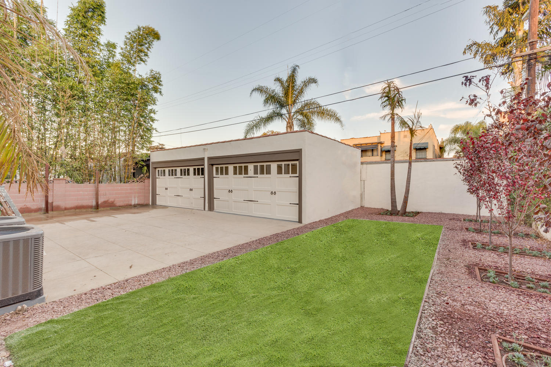 150 N Orange Dr Los Angeles CA-large-044-44-E71C210722-1500x1000-72dpi.jpg