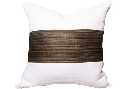 HORSE HAIR STRIPE I 68% HORSE HAIR, 32% COTTON I AVAILABLE IN SIZES 18X18, 20X20, 22X22, 24X24