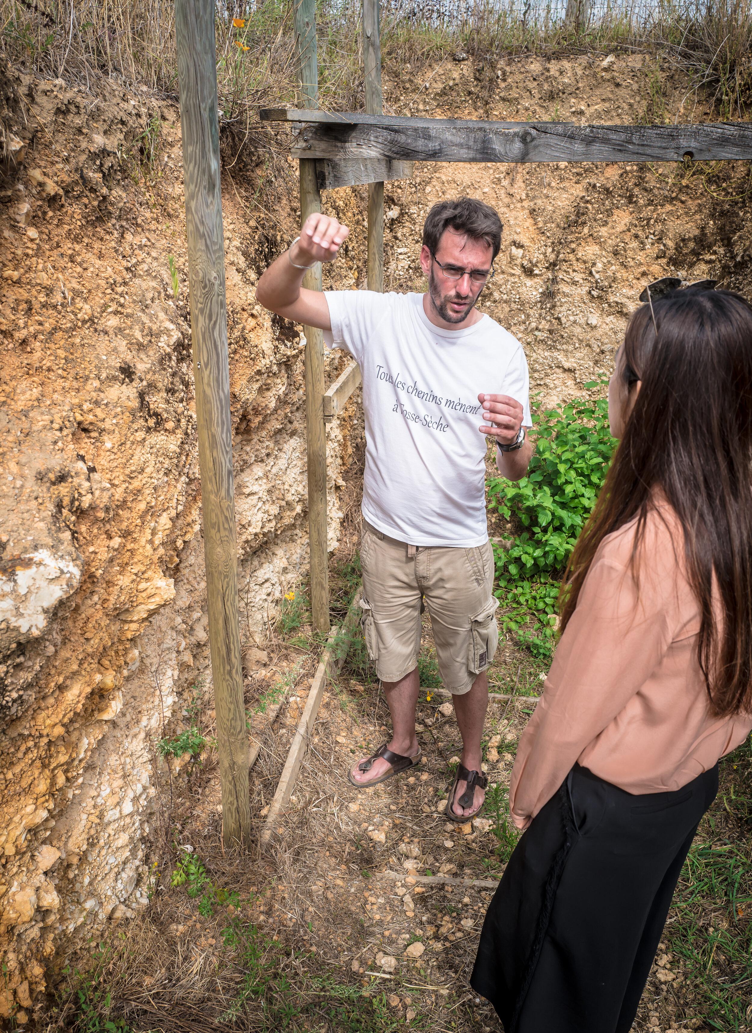 Adrien Pire explaining the soils