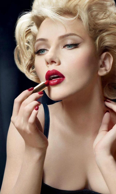 10 Best Celebrity Marilyn Monroe Costumes 4
