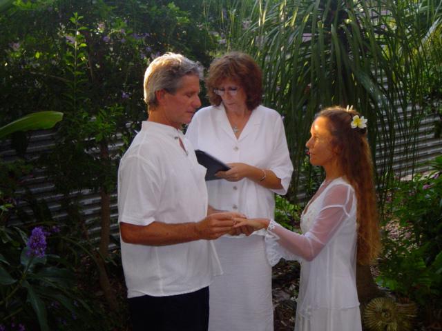 noosa-celebrant-Glenda-and-Gary.jpg