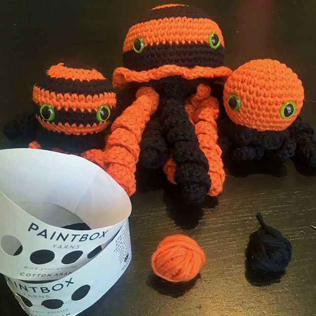 Let's just take a minute to appreciate how many things I made from two balls of @paintboxyarns cotton Aran. 186 yards total. And I'll use these leftover little bits as stuffing in the next set I'm making. 🎃🎃🎃 I and ready for Halloween! I'm about to get started on some spooky witch hats for these little ocean friends. #ilovehalloween 👻☠️👻☠️👻 #crochet #yarn #octopus #jellyfish #halloween #crocheting #pulpo #horror #crochetaddict #tentacles #crochetlove #craft #kraken #pumpkin #spooky #scary #amigurumi #october #creepy #witch #horrorfan #instacrochet #handcrafted #yarnlove #yarnaddict