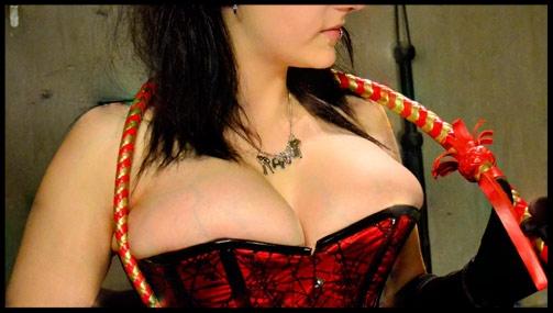 Mistress_Xavialune_16x9_Asset2_2_133957.jpg