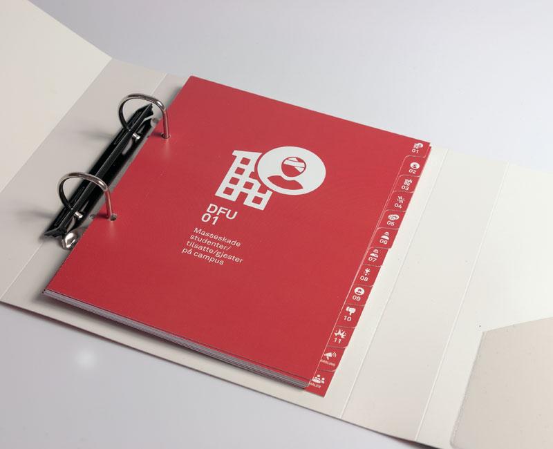 Skillekort i kartong med offsettrykk