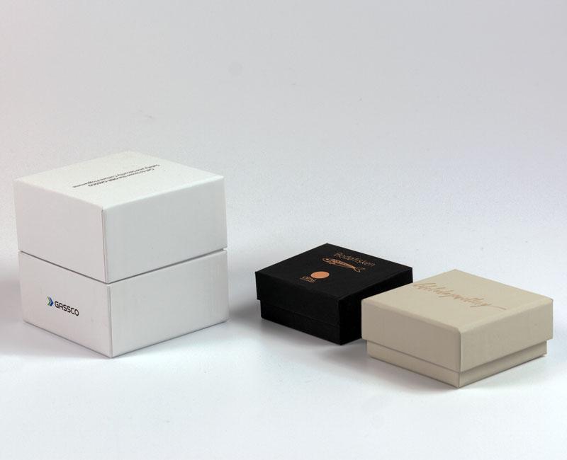 Små kasjerte esker m_lokk_bunn