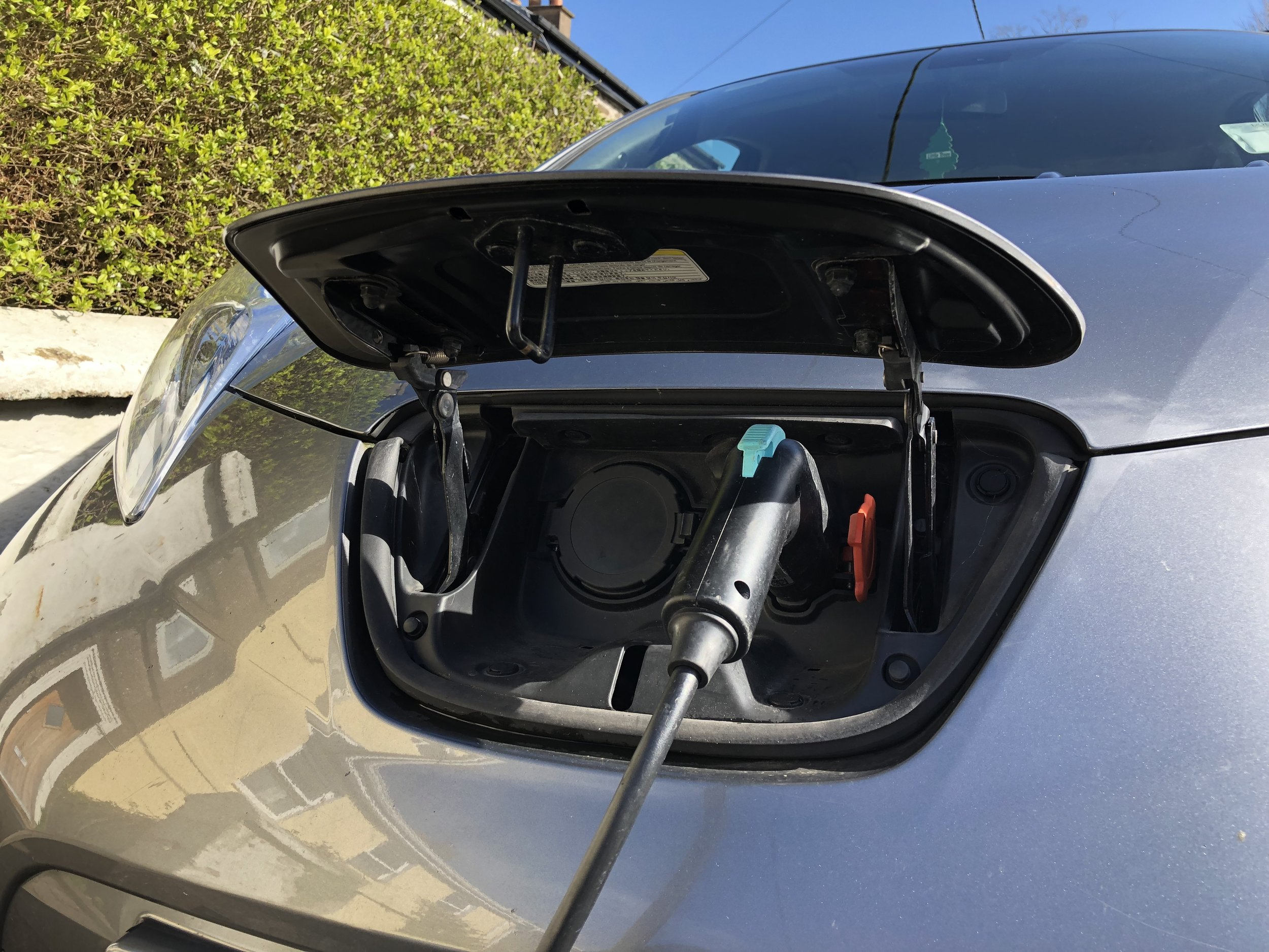 indeemo-mobile-diary-study-using-a-mobile-diary-study-app-to-understand-the-user-experience-of-electric-vehicle-owners