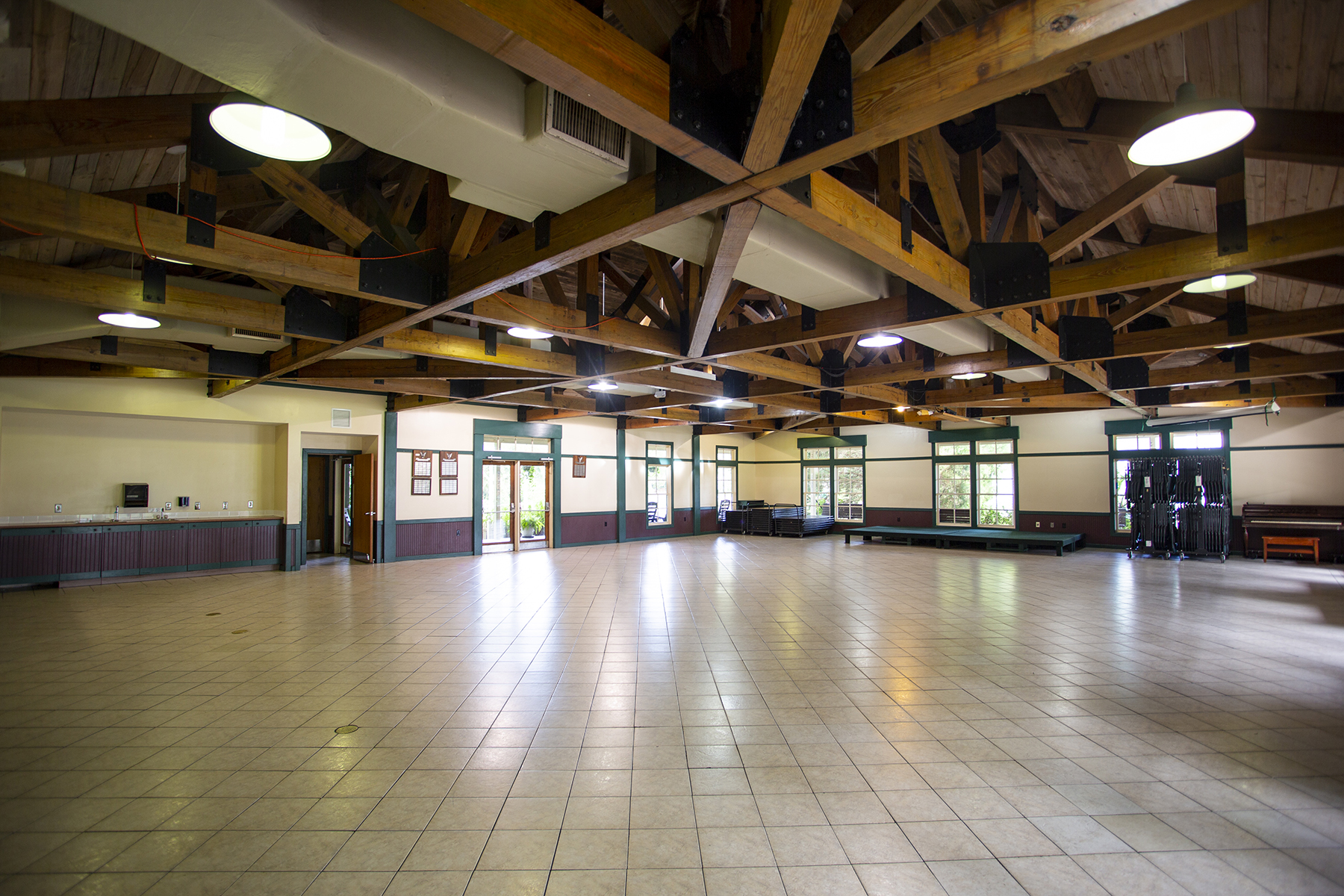 Kramer Dining Hall - Camp and Retreat