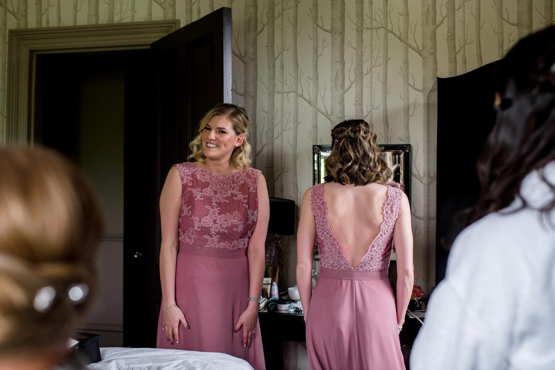 Emily&Calum-bridalprep-77.jpg