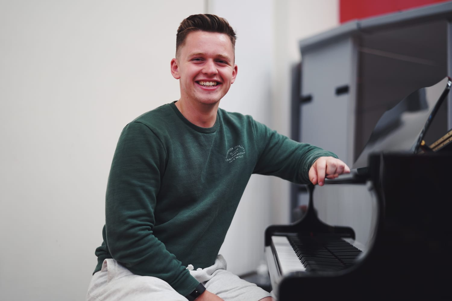 - Matthew Reid joined us as a Youth & Community worker in August 2018 having graduated from Belfast Bible College and completed an Internship with Ballymena Baptist. Aside from being involved with the youth and schools of the area, Matthew is a big Sports fan, rivaling Pastor Paul with his love of Manchester United