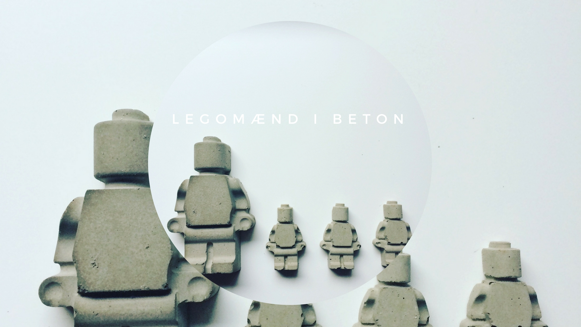 Legomænd-i-beton.jpg
