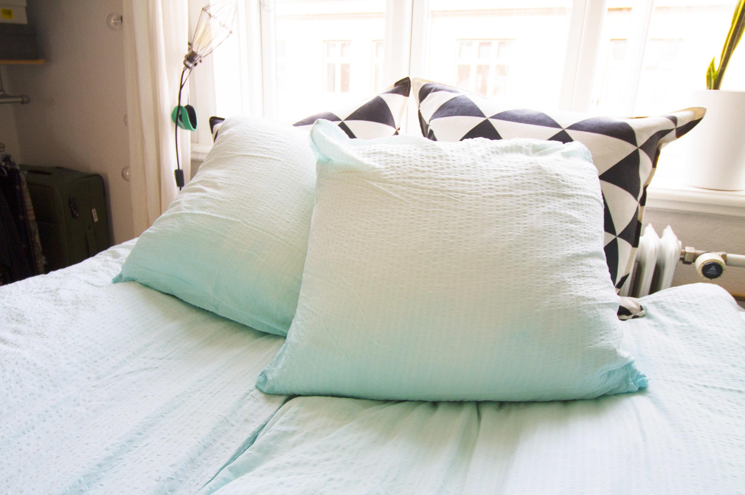 Dye-sengetøj.jpg