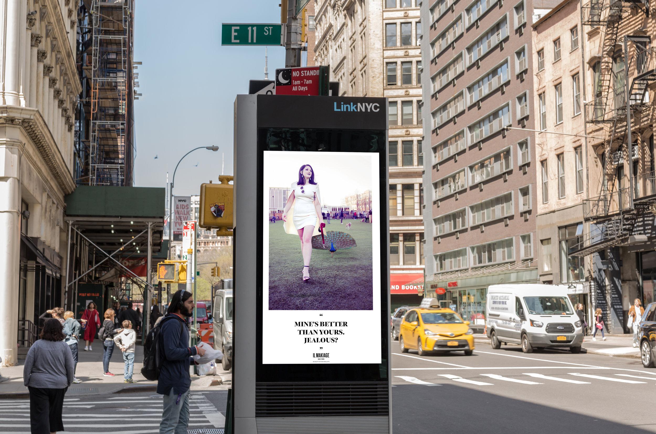 Il Makiage Street Ad_Mockup2.jpg