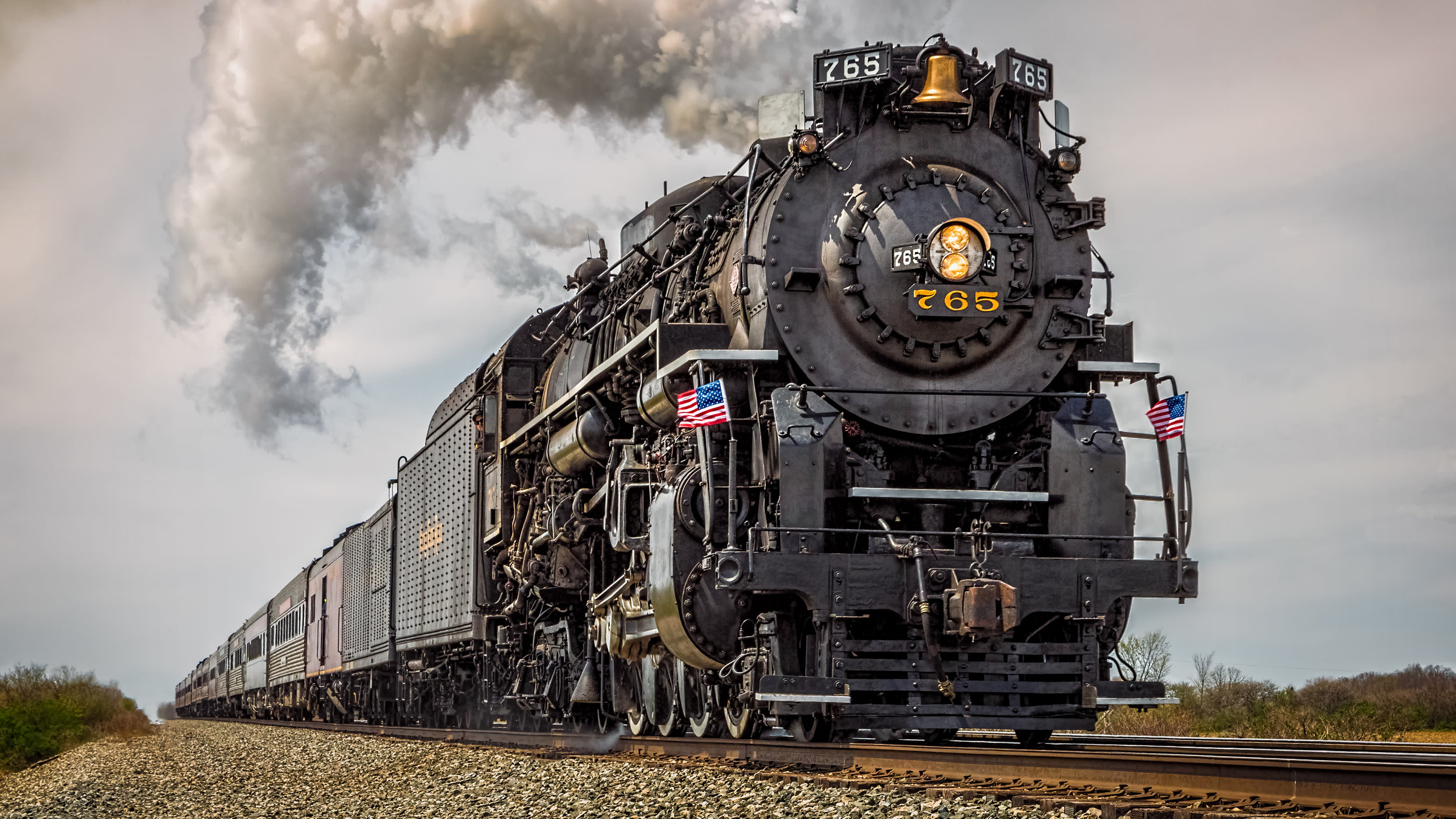 The 765 out of Fortwayne, Indiana. One of my first pictures from my Canon Mark III